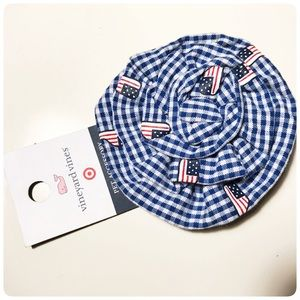 Vineyard Vines gingham pet accessory bow